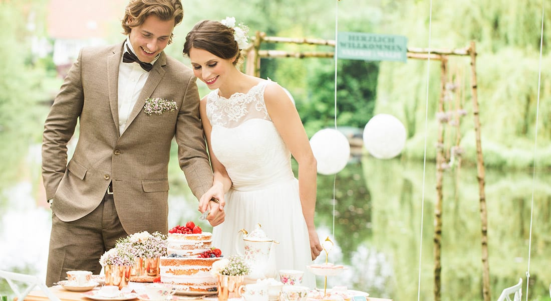 Vintage Teaprty Wedding Inspiration fotografiert von Julia Schick