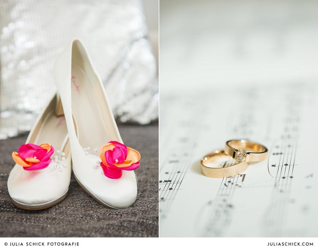 Brautschuhe fotografiert von Hochzeitsfotografin Julia Schick