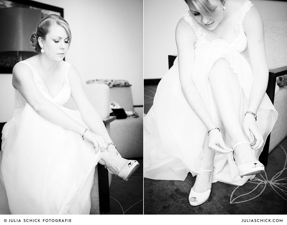 Braut zieht bei Getting Ready im Treff Hotel in Münster ihre Brautschuhe an