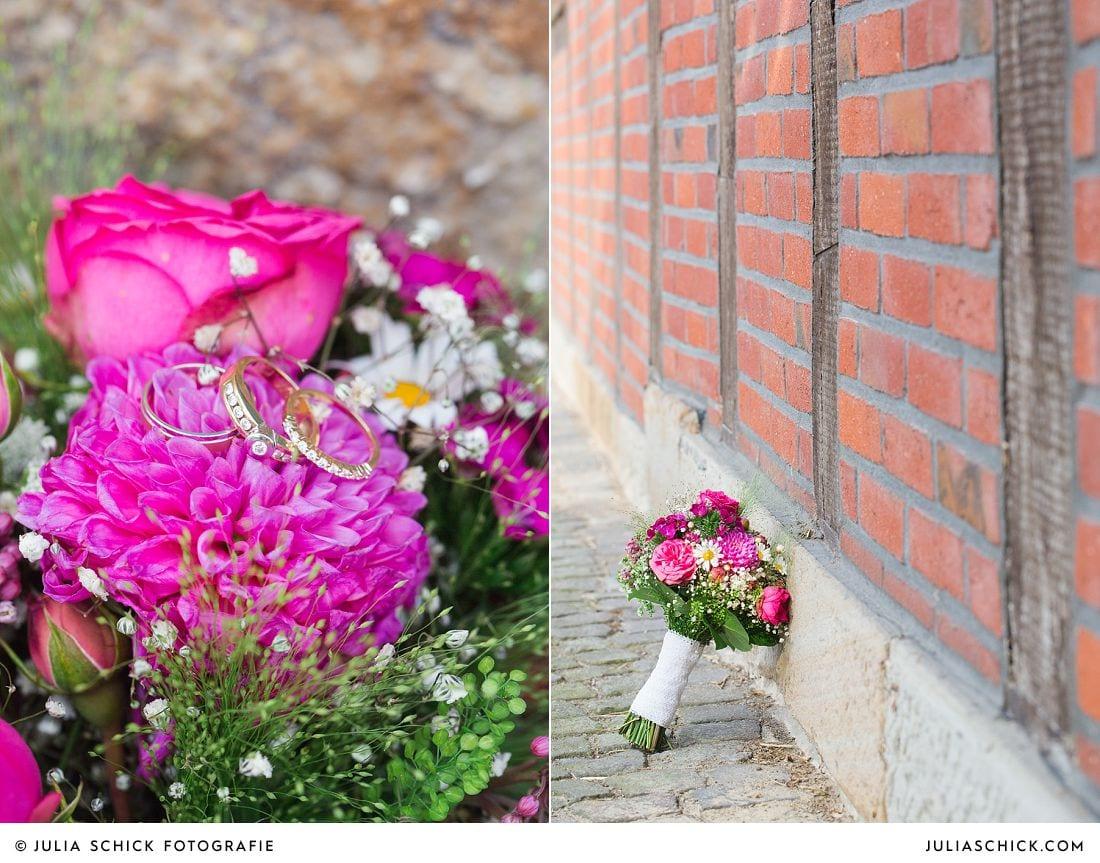 Brautstrauß in pink mit Dahlien von Blütenzauber Handorf auf Gut Havichhorst