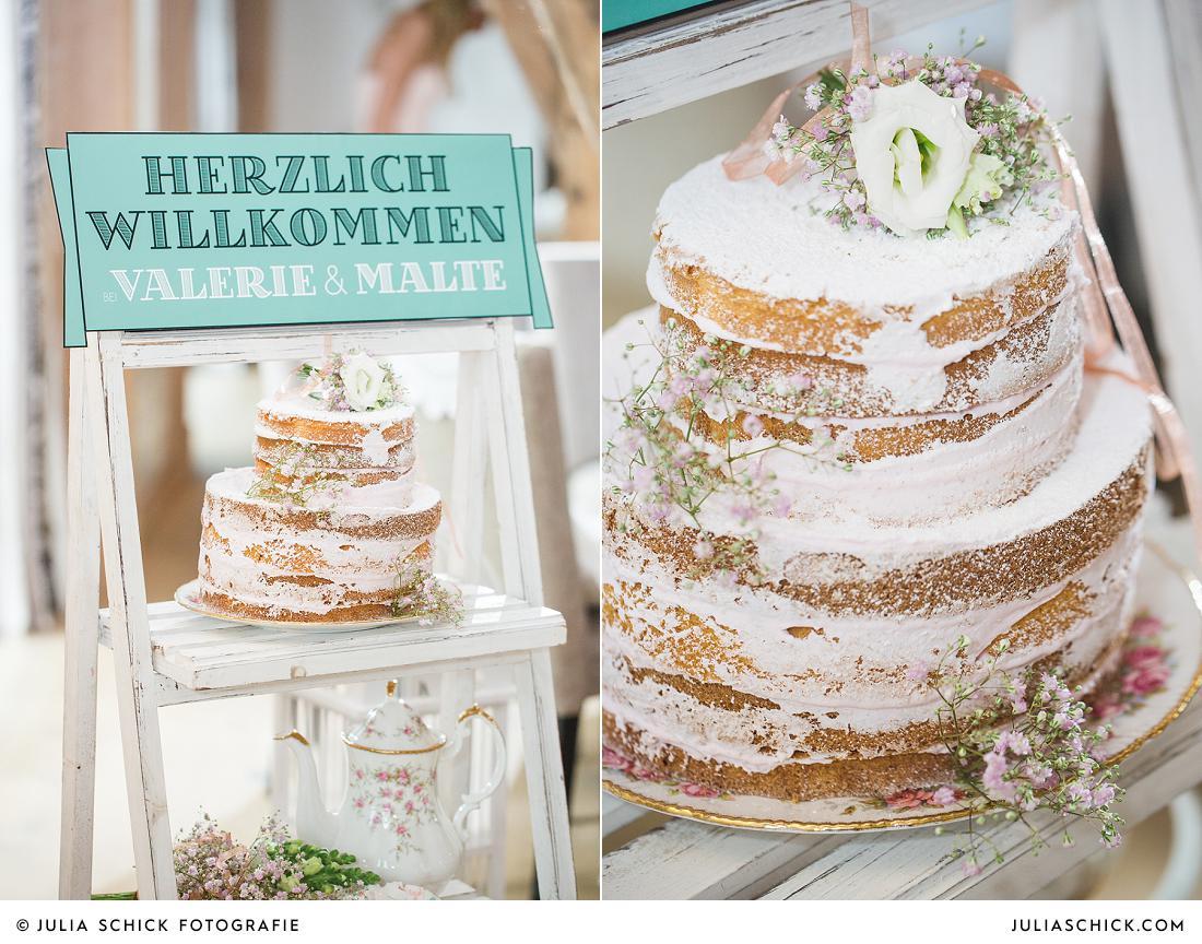Naked Cake als Hochzeitstorte im Vintage Stil mit Schleierkraut