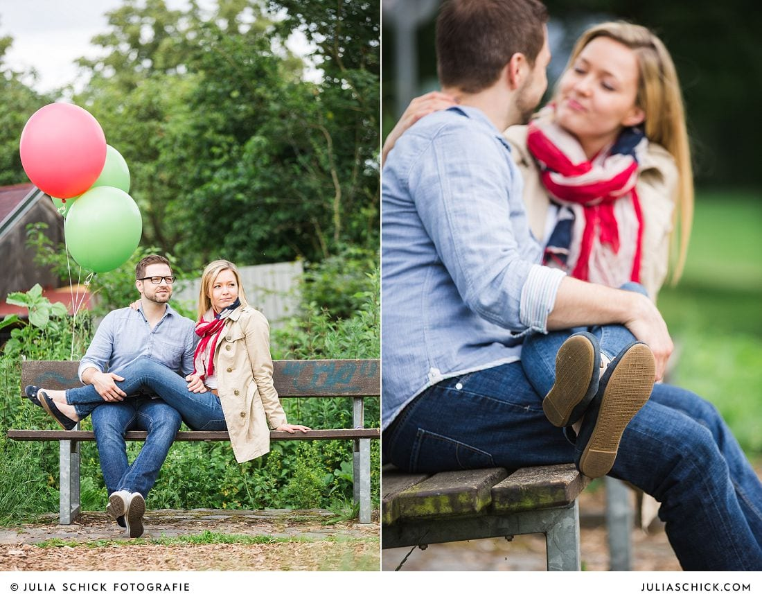 Verlobungsshooting mit Ballons fotografiert von Hochzeitsfotografin Julia Schic