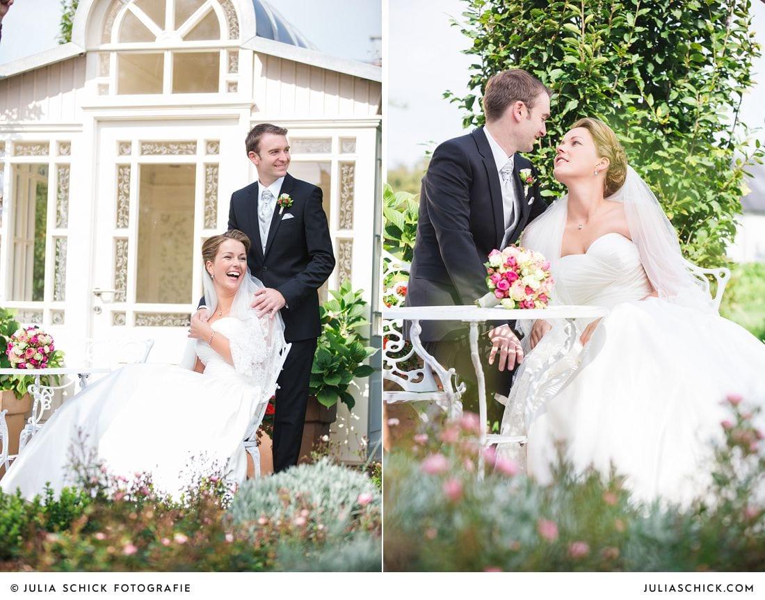 Brautpaar vor Pavillon auf Gut Kump, Hochzeitsfotografin