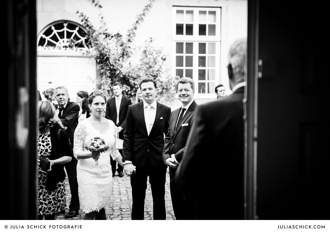 Brautpaar vor der Trauung auf Ha