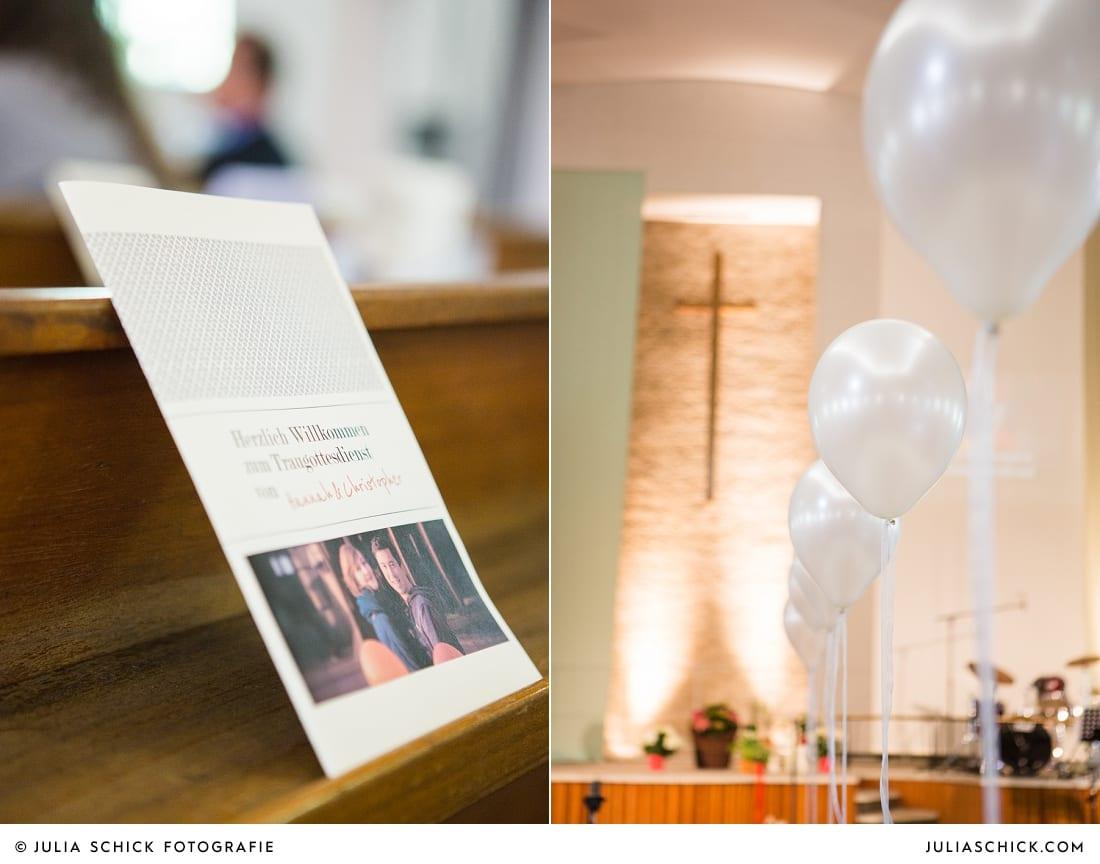 Kirchenheft und Dekoration bei kirchlicher Trauung in Gelsenkrichen