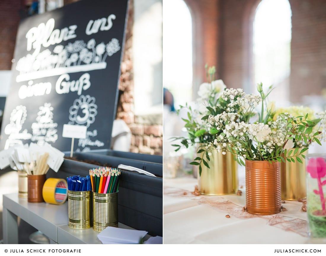Tischdekoration mit Konservendosen bei Hochzeitsfeier auf der Künstlerzeche Unser Fritz in Herne