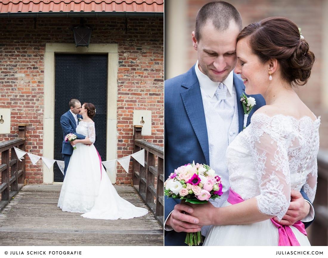 Hochzeitsfotos von Brautpaar auf Burg Hülshoff in Havixbeck nahe Münster