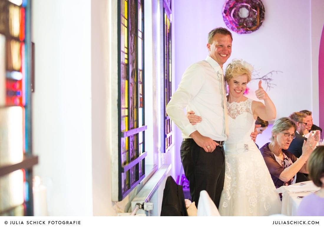 Brautpaar bei Hochzeitsfeier auf dem Marienhof, Baumberge Nottuln