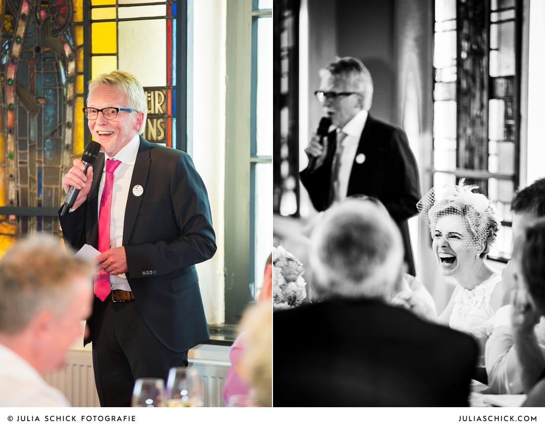 Redes des Brautvaters bei Hochzeitsfeier auf dem Marienhof, Baumberge Nottuln