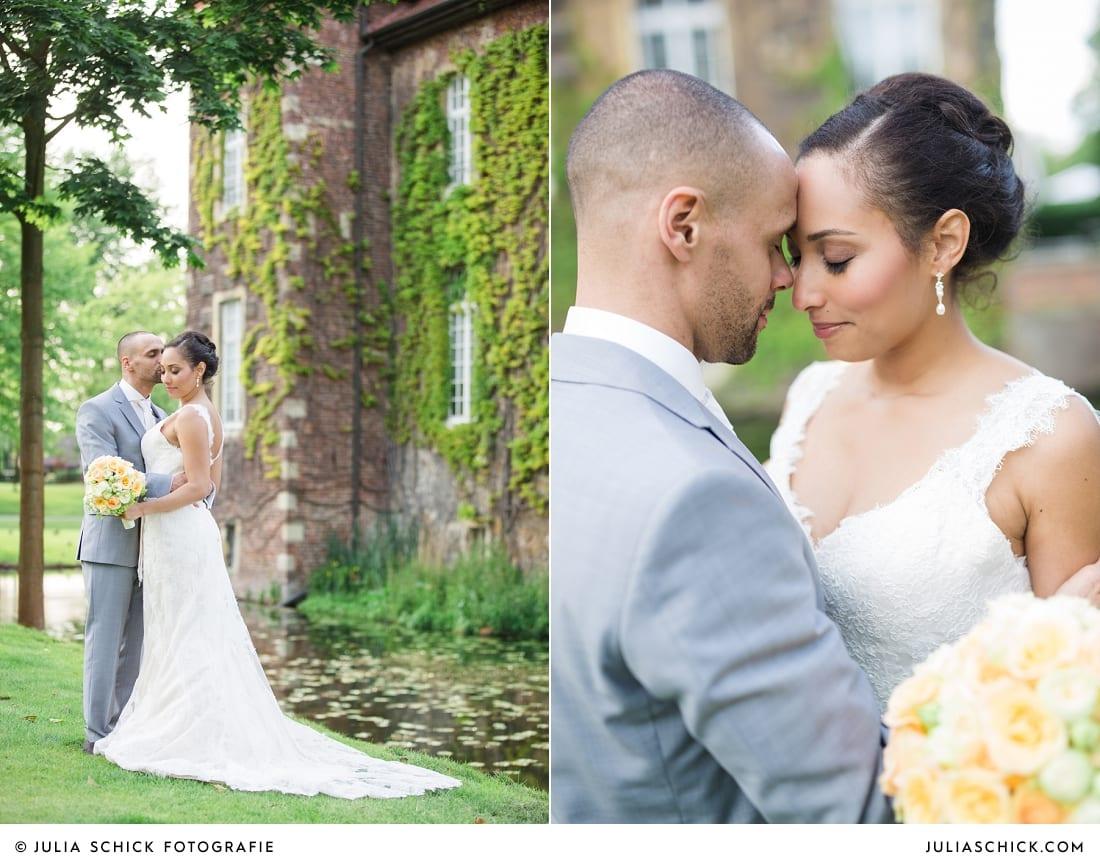 Brautpaar am Graben des Sportschloss Velen