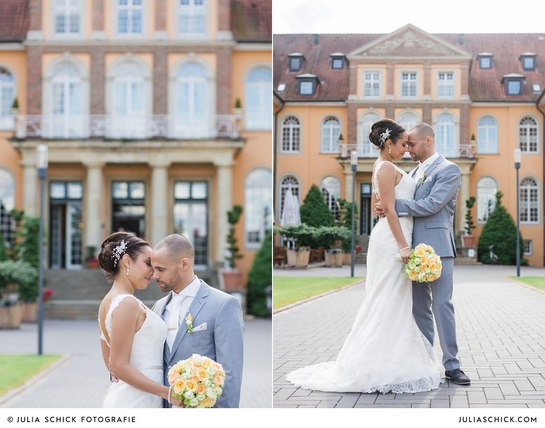 Hochzeitsfotos von Brautpaar vor dem Sportschloss Velen