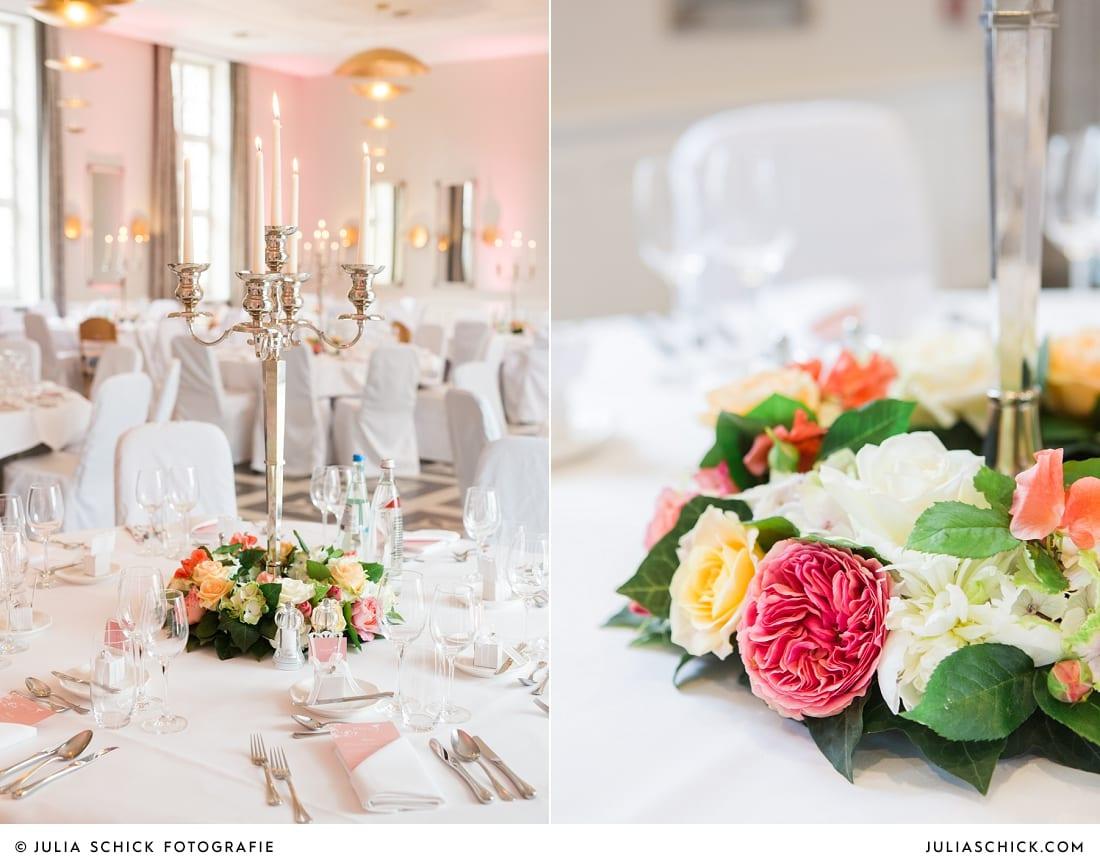 Tischdekoration bei Hochzeitsfeier in der Remise auf SportSchloss Velen