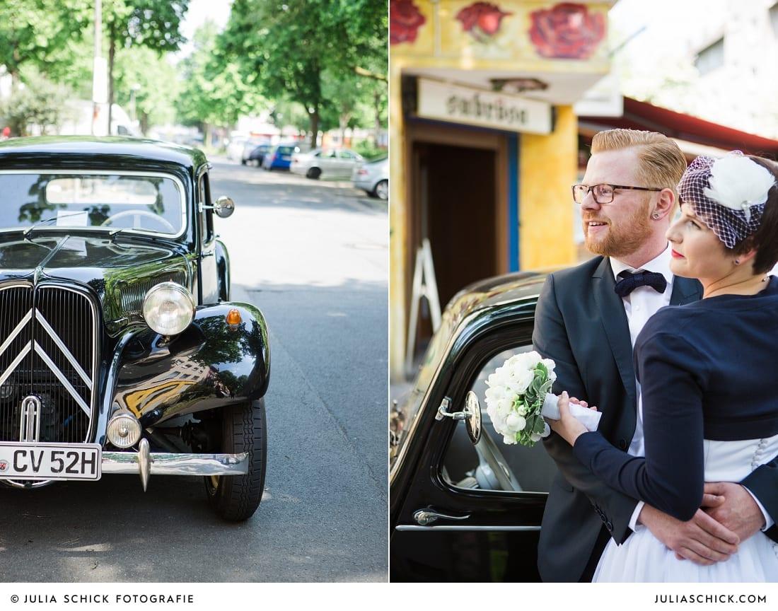 Brautpaar vor der Hafenkneipe Subrosa in Dortmund