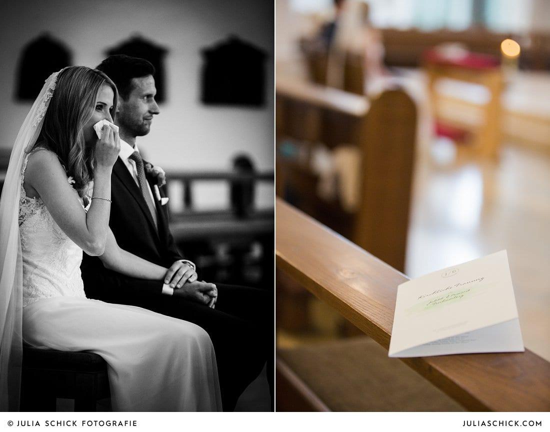 Weinende Braut und Kirchneheft in der Kirche St. Mariä Himmelfahrt in Ahaus Alstätte