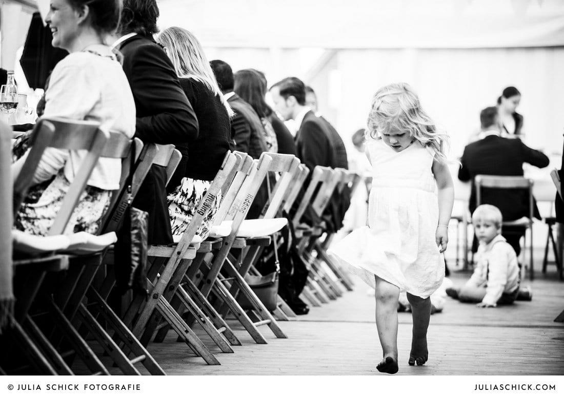 Blumenkind bei Hochzeit in Ahaus Alstätte