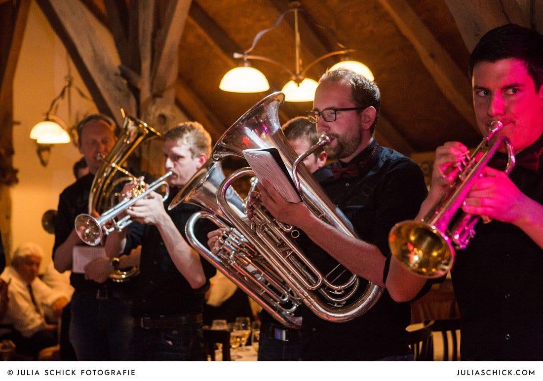 Drumpets Stadtlohn bei Hochzeitsfeier in der Gaststätte Haarmühle