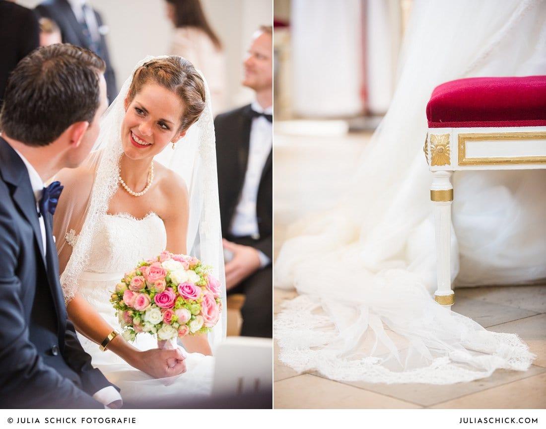 Brautpaar bei kirchlicher Hochzeit in der Dyckburgkirche in Münster Handorf