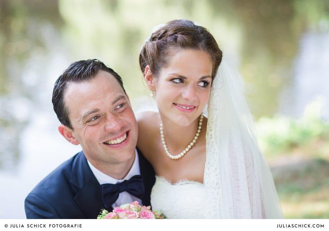 Brautpaar am Ufer der Werse auf dem Hof zur Linde
