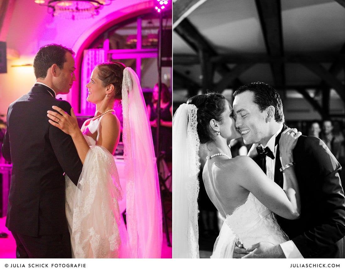 Hochzeitstanz des Brautpaares bei Hochzeit im Hof zur Linde Münster