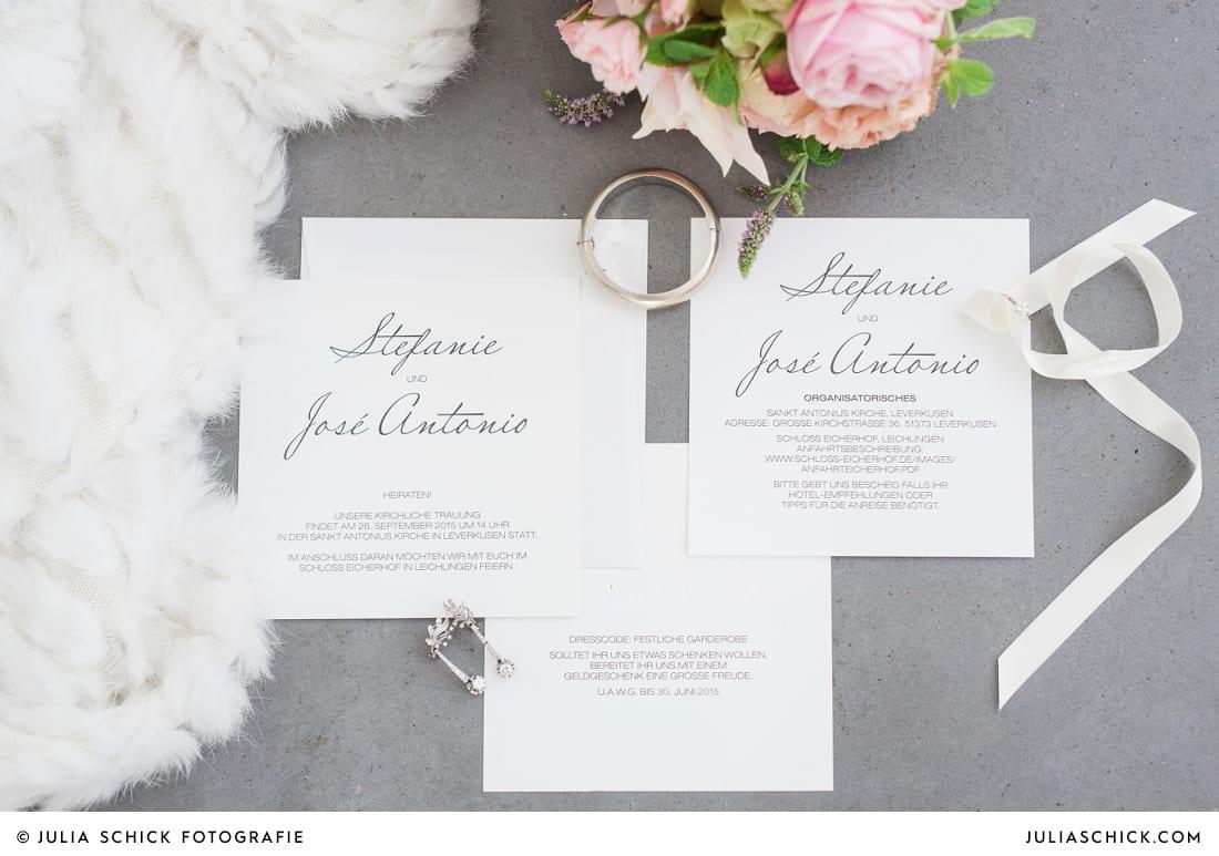 Typographische, schlichte Hochzeitseinladung und Save the date Karte