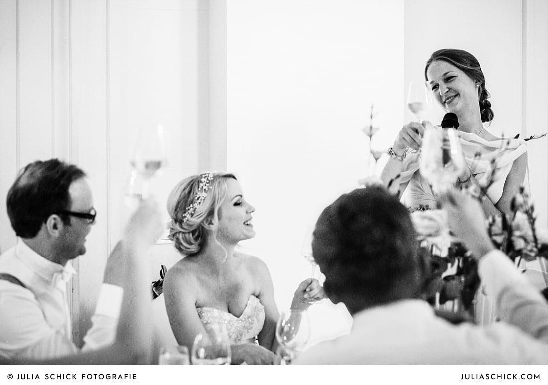 Rede der Trauzeugin bei Hochzeitsdinner im kurfürstlichen Schloss in Koblenz