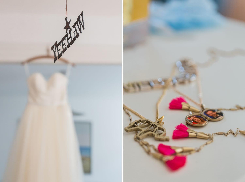 Kette der Braut beim Getting Ready