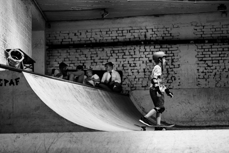 Kinder auf Halfpipe bei Hochzeit im Skaters Palace
